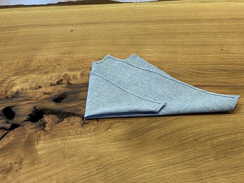 Nachhaltige Bräutigammode Doppelte Dreieckfaltung