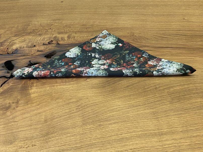 Nachhaltige Bräutigammode Dreiecksfaltung
